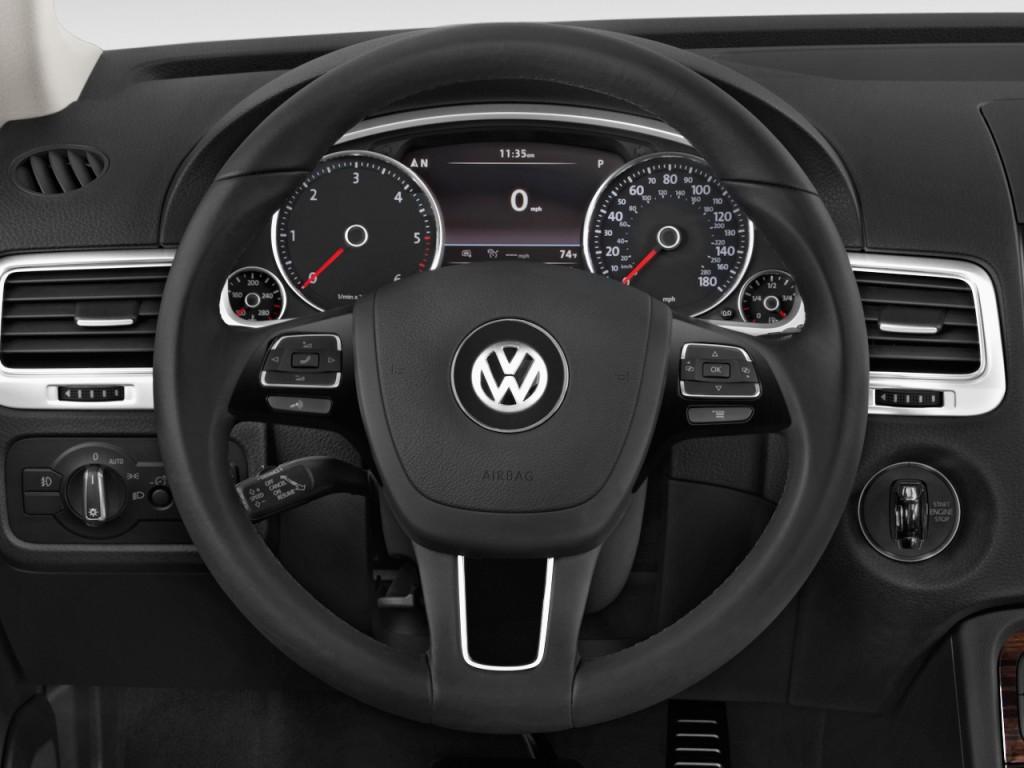 image 2016 volkswagen touareg 4 door tdi executive steering wheel size 1024 x 768 type gif. Black Bedroom Furniture Sets. Home Design Ideas