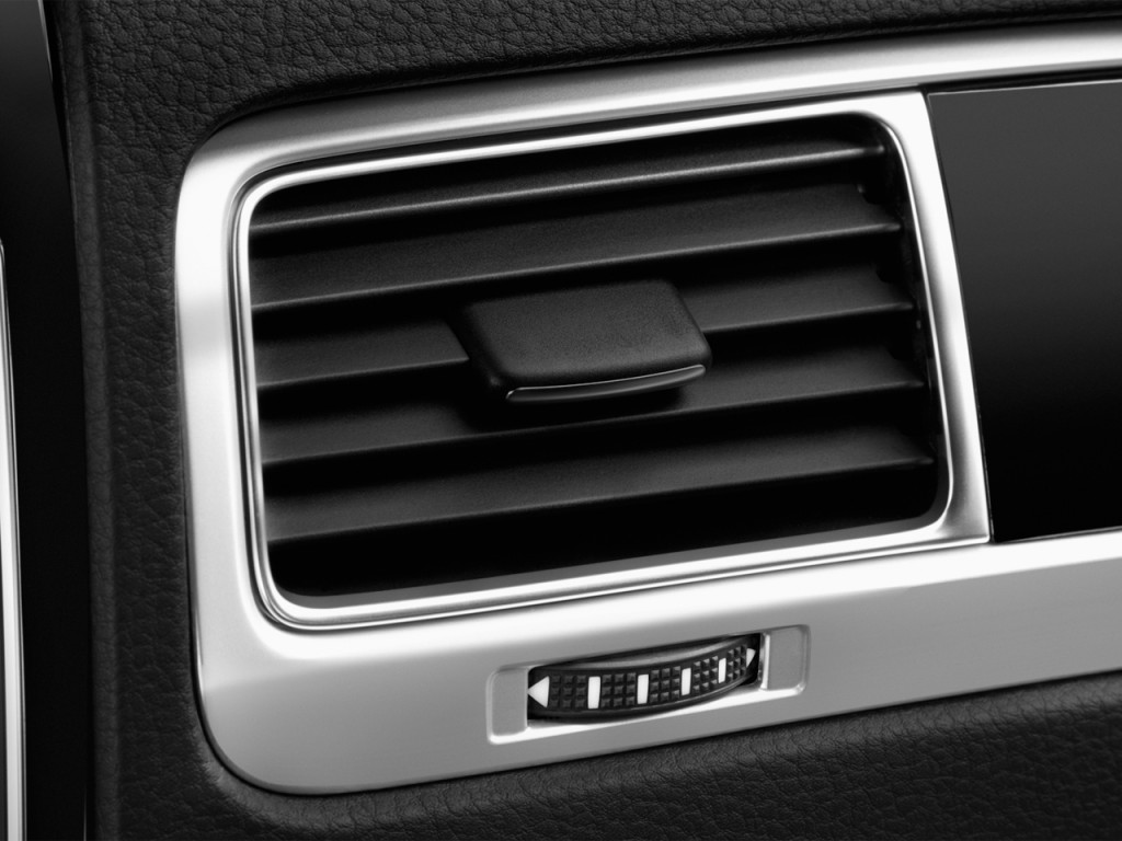 image 2016 volkswagen touareg 4 door tdi lux air vents. Black Bedroom Furniture Sets. Home Design Ideas