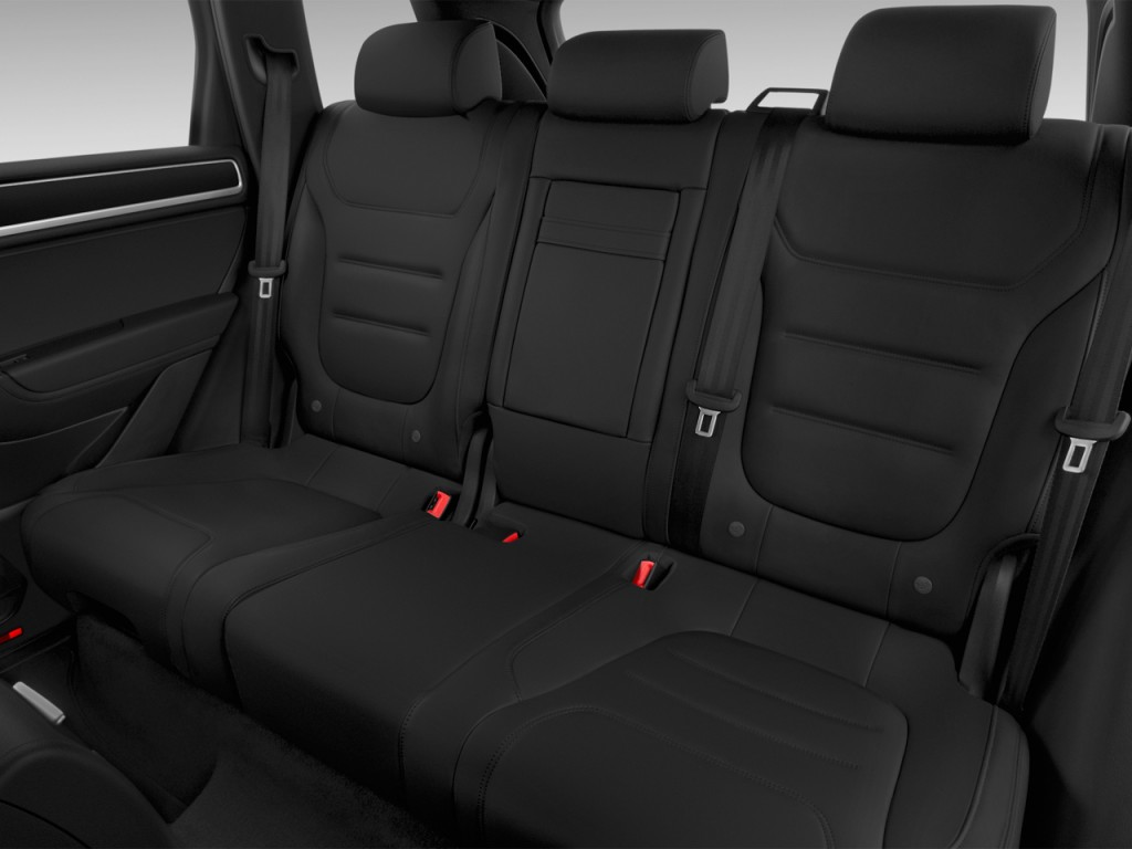image 2016 volkswagen touareg 4 door tdi lux rear seats. Black Bedroom Furniture Sets. Home Design Ideas