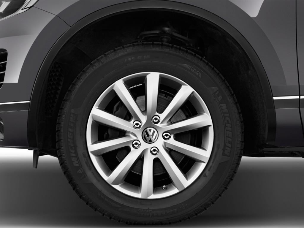 image 2016 volkswagen touareg 4 door tdi lux wheel cap. Black Bedroom Furniture Sets. Home Design Ideas