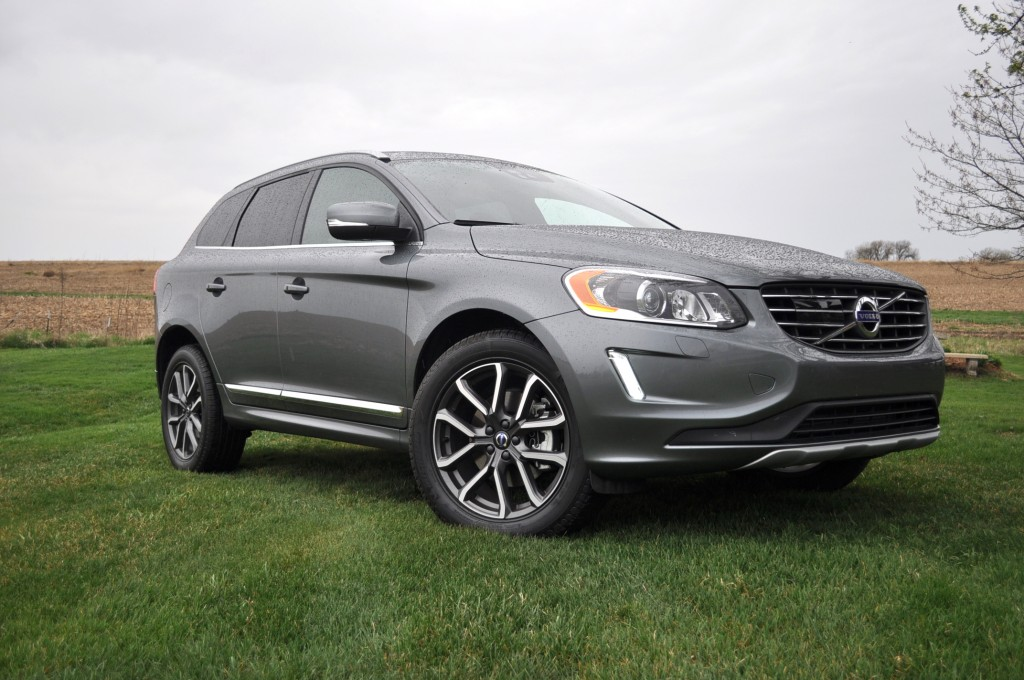 image 2016 volvo xc60 t6 awd drive e size 1024 x 680 type gif posted on april 27 2016 4. Black Bedroom Furniture Sets. Home Design Ideas