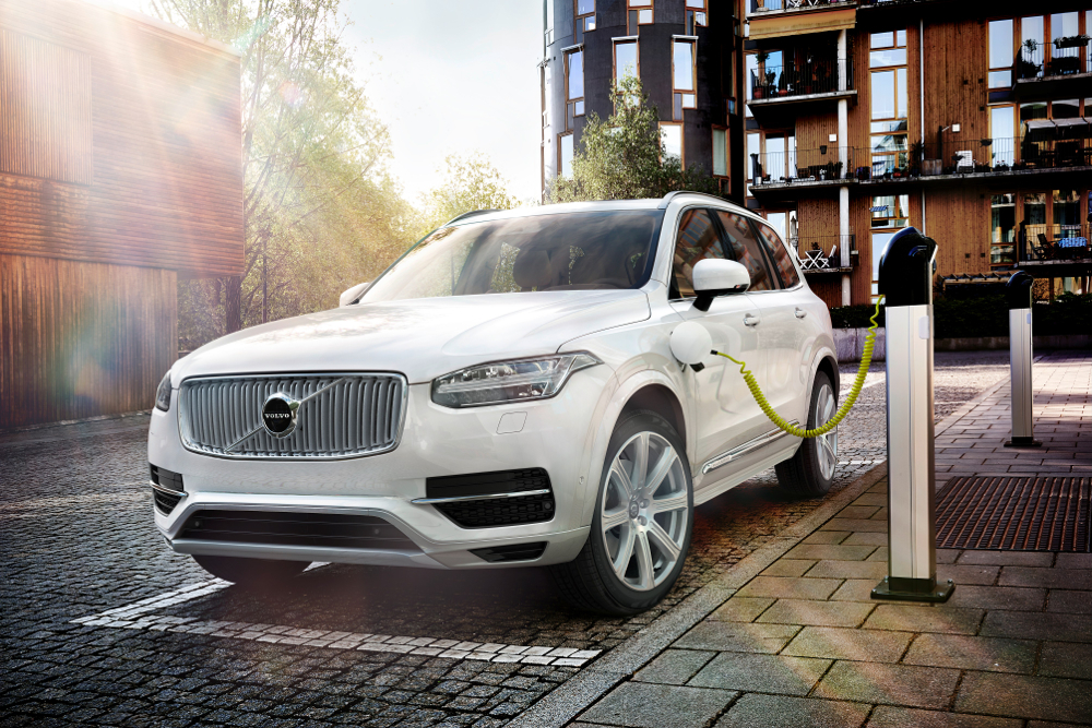 Volvo Releases Performance Specs For Range Topping 2016 Xc90 T8