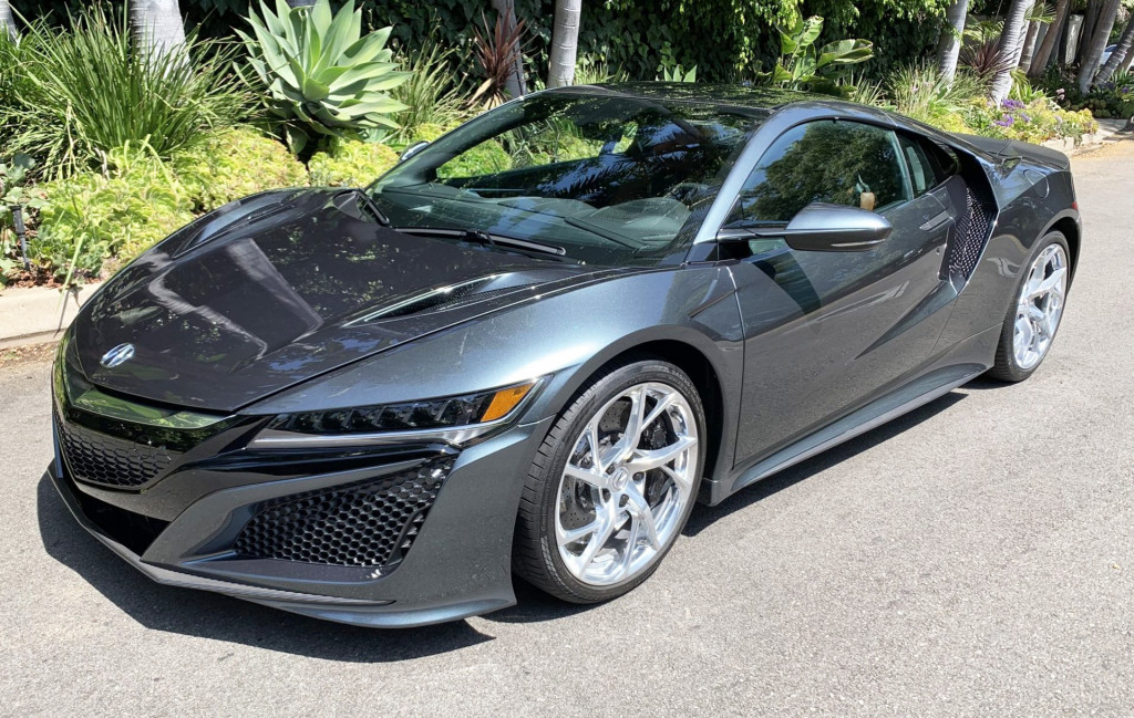 Buy the 2017 Acura NSX Seinfeld gifted to a friend, and no it's not #001