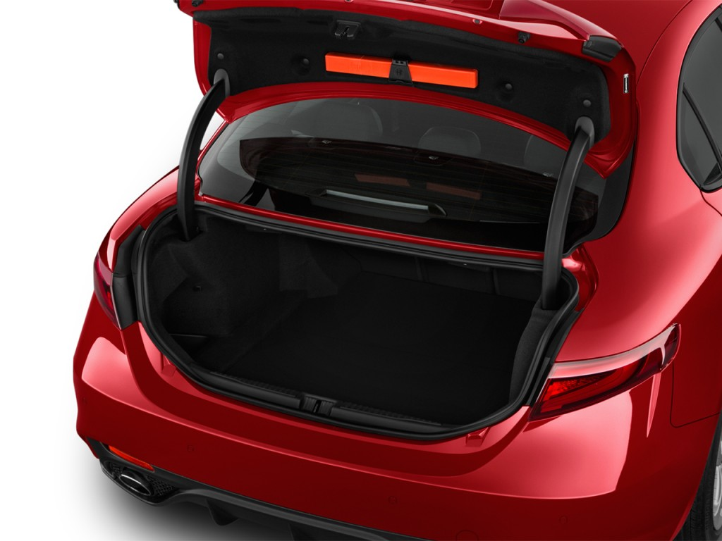 Image: 2017 Alfa Romeo Giulia RWD Trunk, size: 1024 x 768, type: gif, posted on: April 20, 2017 ...