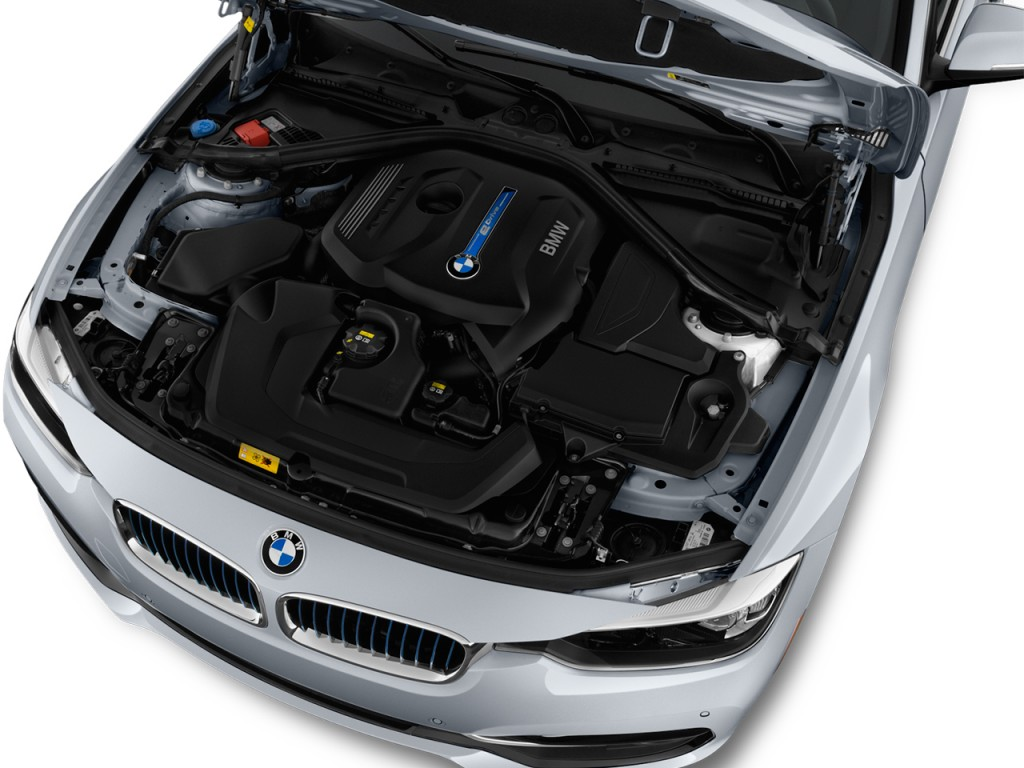 Image: 2017 BMW 3-Series 330e iPerformance Plug-In Hybrid ...