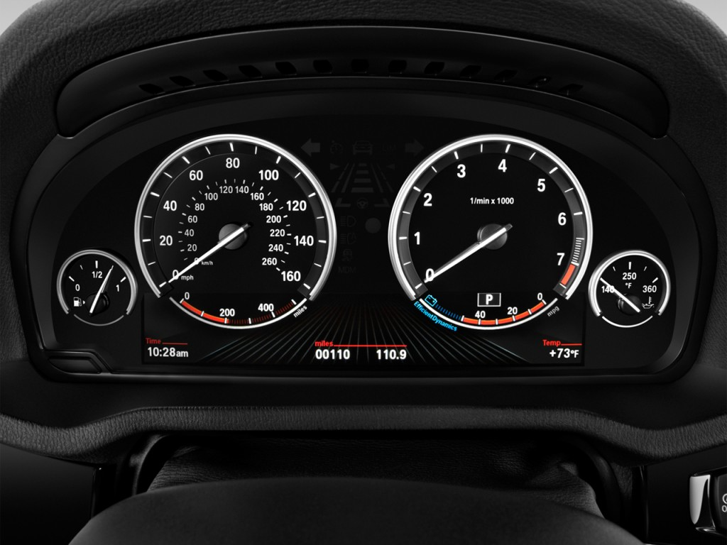 Vehicle Instrument Panel : Image bmw sdrive i sports activity vehicle