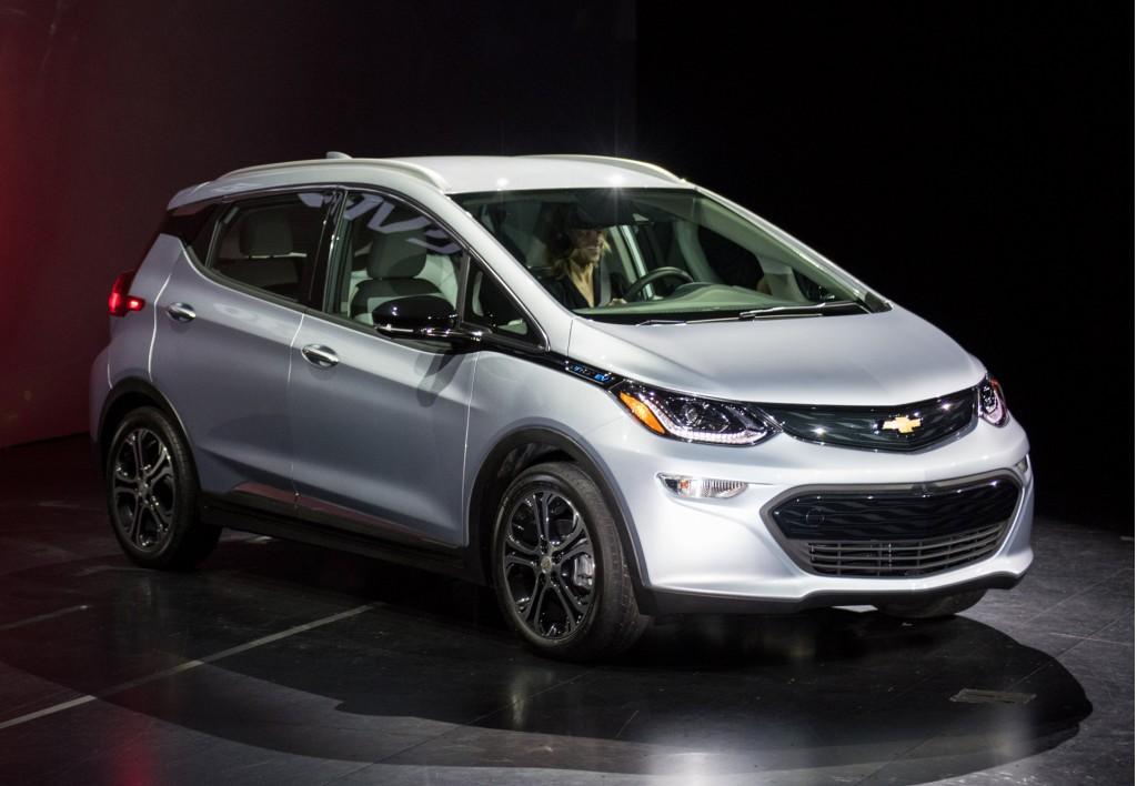 2017 Chevrolet Bolt EV - 2016 Consumer Electronics Show