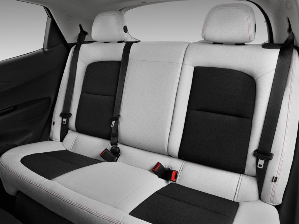 Image: 2017 Chevrolet Bolt EV 5dr HB LT Rear Seats, size ...