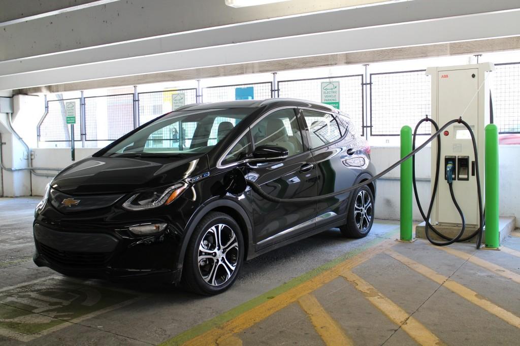 Fast Charging A 2017 Chevrolet Bolt Ev Electric Car