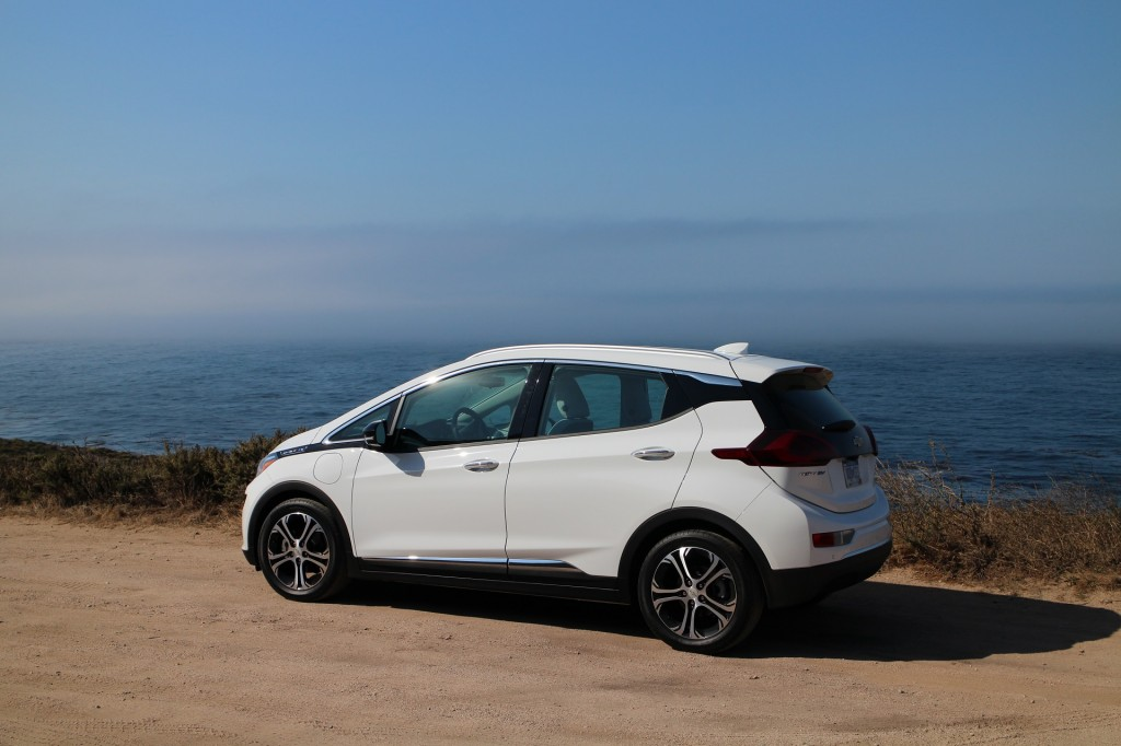 Chevrolet Bolt Ev Car And Driver New And Used Car Autos Post
