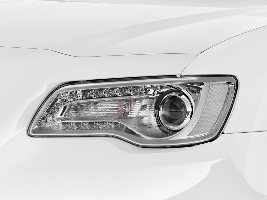 Image: 2017 Chrysler 300 300C RWD Headlight, Size: 1024 X