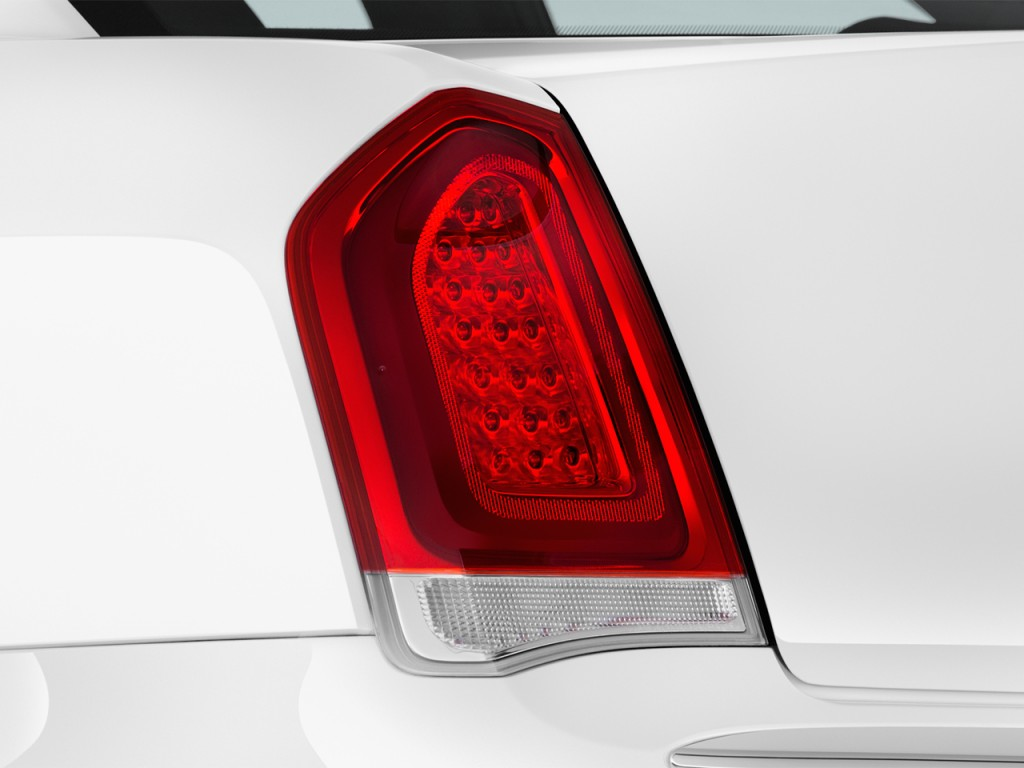 Chrysler C Rwd Tail Light L