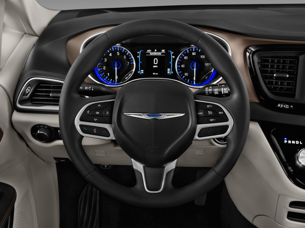 2017 Chrysler Pacifica LX 4-door Wagon Steering Wheel