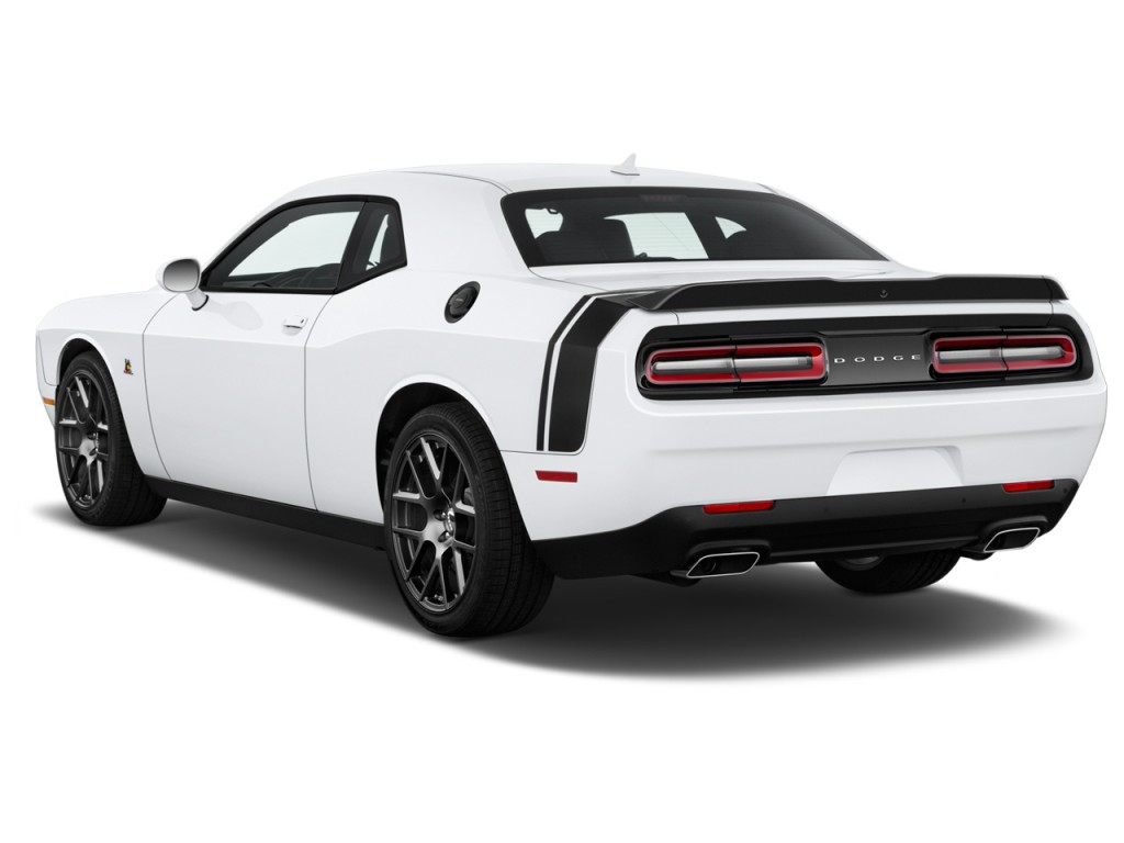 image 2017 dodge challenger r t scat pack coupe angular rear exterior view size 1024 x 768. Black Bedroom Furniture Sets. Home Design Ideas