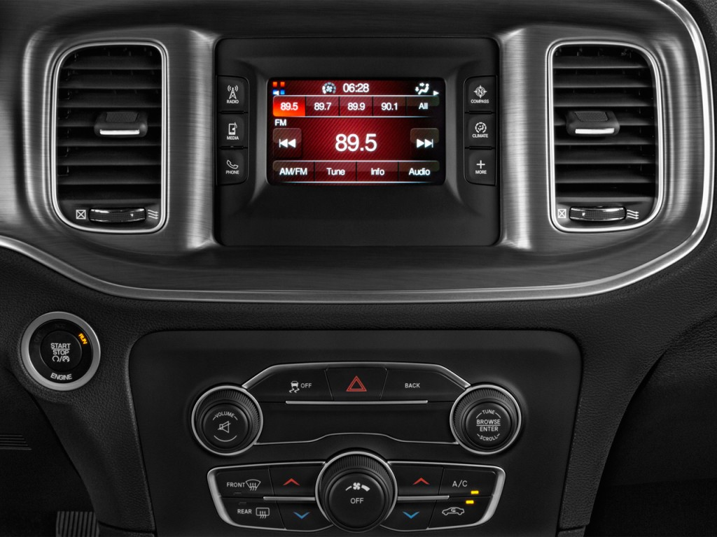 Image 2017 Dodge Charger Se Rwd Audio System Size 1024