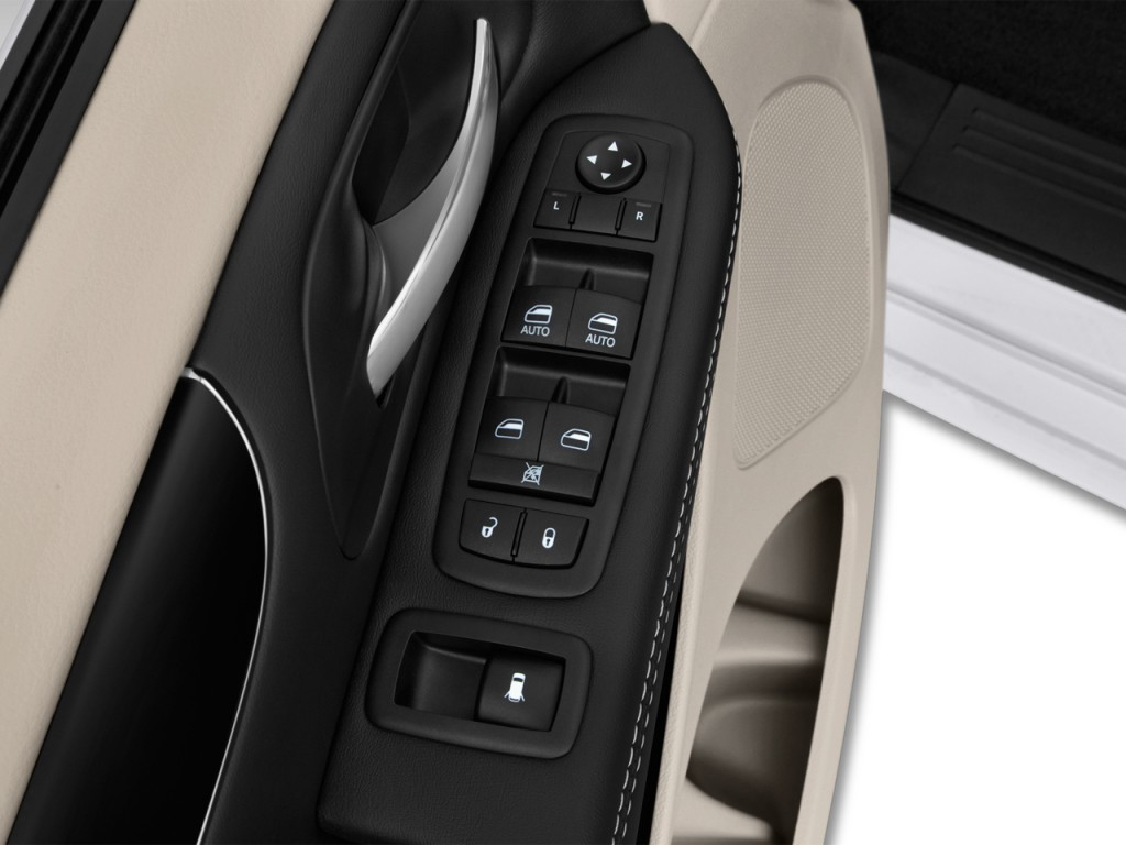 image 2017 dodge grand caravan sxt wagon door controls. Black Bedroom Furniture Sets. Home Design Ideas