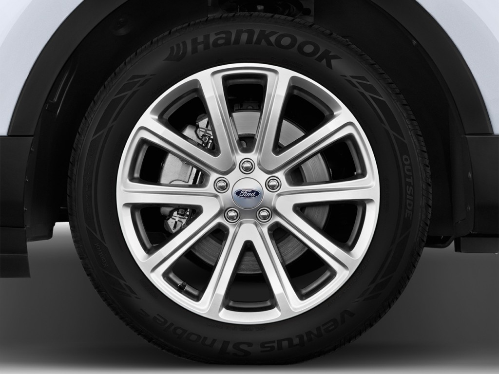 Image: 2017 Ford Explorer Limited 4WD Wheel Cap, size ...
