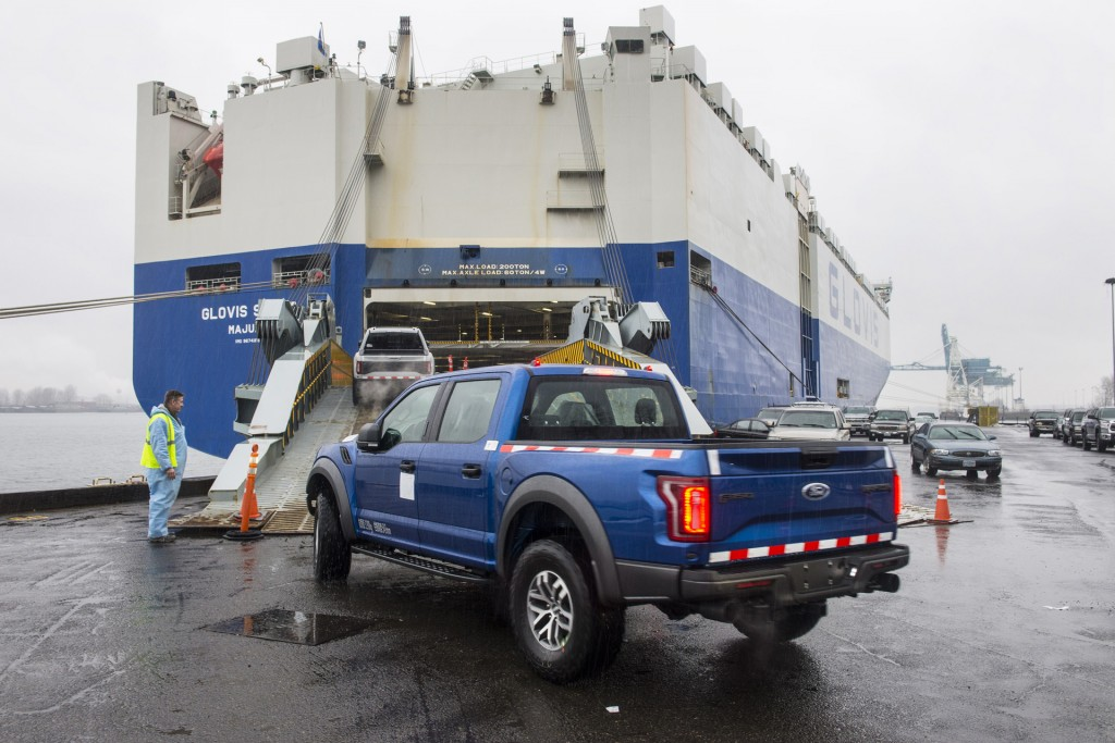 2017 Ford F-150 Raptor SuperCrews being shipped to China