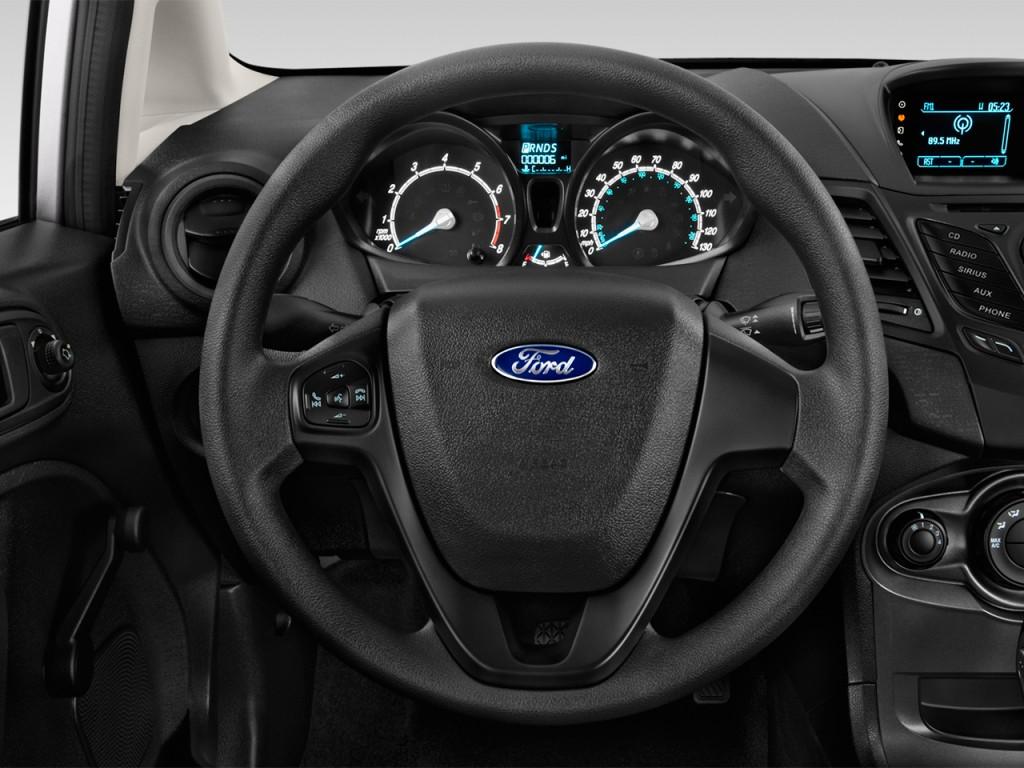 2017 Ford Fusion Hybrid Se >> Image: 2017 Ford Fiesta SE Sedan Steering Wheel, size ...