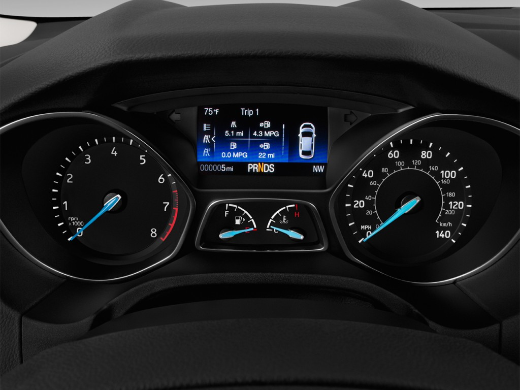 Image: 2017 Ford Focus Titanium Sedan Instrument Cluster ...