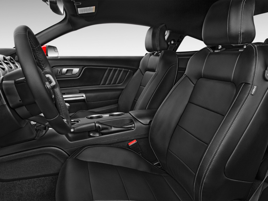 Image: 2017 Ford Mustang GT Premium Fastback Front Seats ...