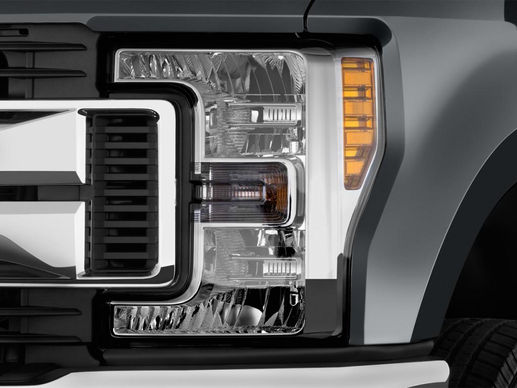 image  ford super duty   srw xlt wd crew cab  box headlight size    type