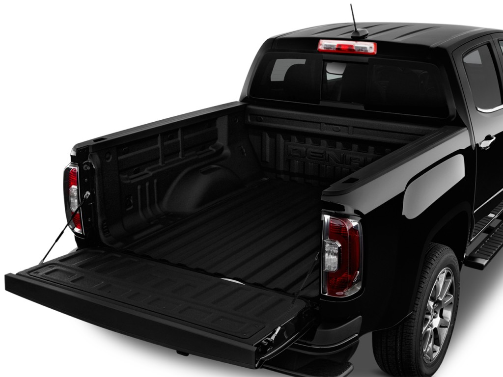 image 2017 gmc canyon 2wd crew cab 128 3 denali trunk size 1024 x 768 type gif posted on. Black Bedroom Furniture Sets. Home Design Ideas