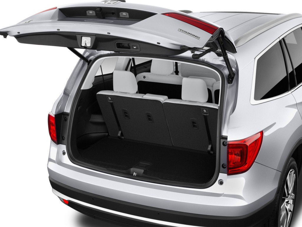 image 2017 honda pilot touring 2wd trunk size 1024 x 768 type gif posted on april 20. Black Bedroom Furniture Sets. Home Design Ideas