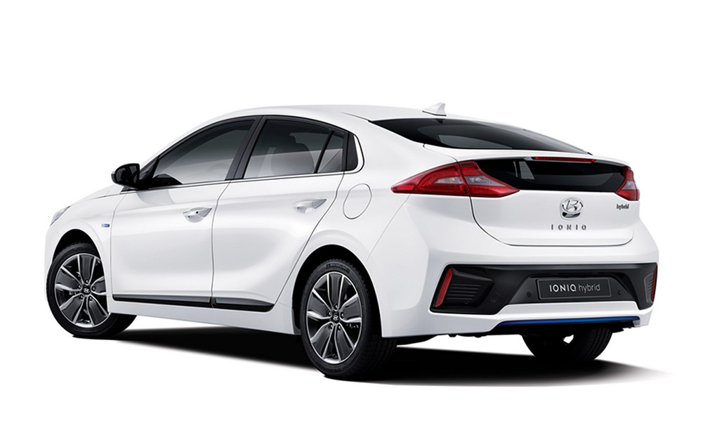 Hyundai I30 Turbo Hot Hatch 18 likewise Hyundai To Take On Bmw And Benz With Genesis G70 Concept 40328 as well Lamborghini Sesto Elemento Fantasy Energy Car 2013 furthermore A5594E14A0F72C95CA25810000829580 likewise 100262991 2008 Jeep Grand Cherokee Rwd 4 Door Limited Front Exterior View. on hyundai genesis new york concept 2016