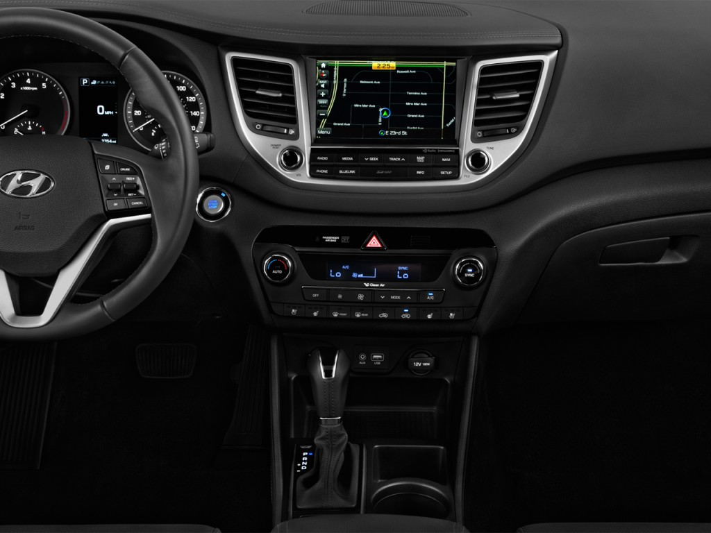 Image: 2017 Hyundai Tucson Limited FWD Instrument Panel, size: 1024 x 768, type: gif, posted on ...