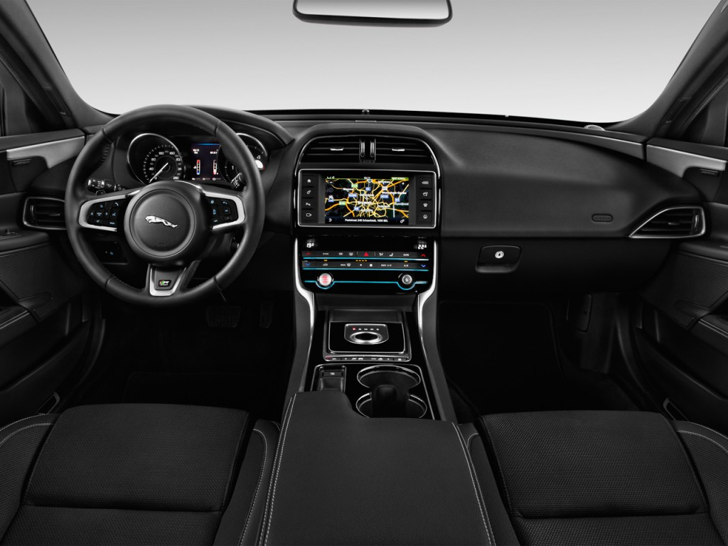 image 2017 jaguar xe 4 door sedan 20d r sport rwd dashboard size 1024 x 768 type gif. Black Bedroom Furniture Sets. Home Design Ideas