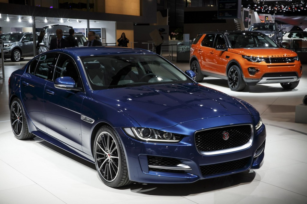 Jaguar Land Rover Sells Record 462 678 Cars In 2014