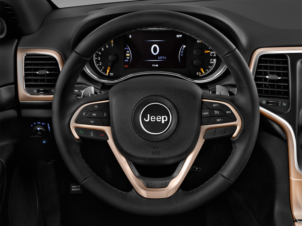 image 2017 jeep grand cherokee laredo 4x2 steering wheel. Black Bedroom Furniture Sets. Home Design Ideas
