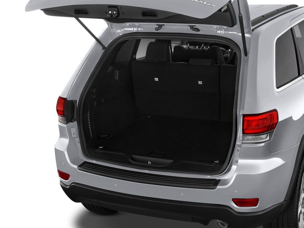 image 2017 jeep grand cherokee laredo 4x2 trunk size 1024 x 768 type gif posted on. Black Bedroom Furniture Sets. Home Design Ideas