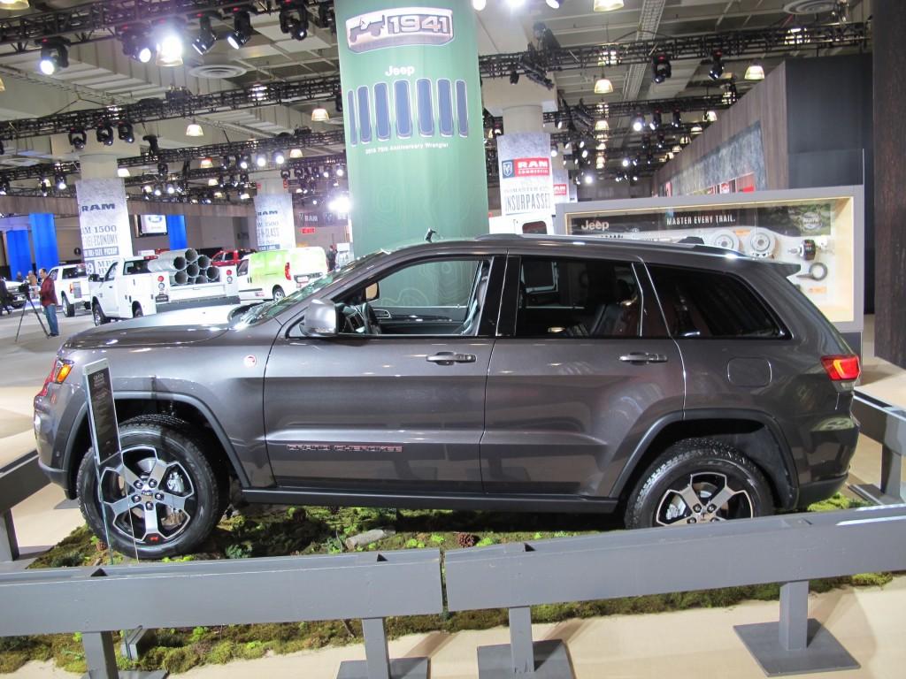 image 2017 jeep grand cherokee trailhawk 2016 new york international auto show size 1024 x. Black Bedroom Furniture Sets. Home Design Ideas
