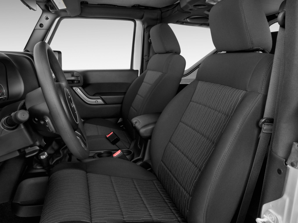 Image 2017 jeep wrangler sport 4x4 front seats size 1024 x 768 type gif posted on april for 2017 jeep wrangler sport interior