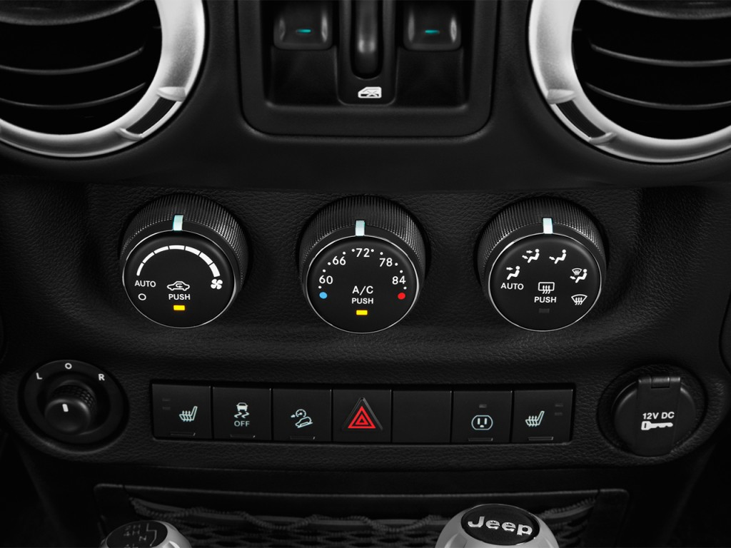 image 2017 jeep wrangler unlimited rubicon hard rock 4x4 ltd avail temperature controls size. Black Bedroom Furniture Sets. Home Design Ideas