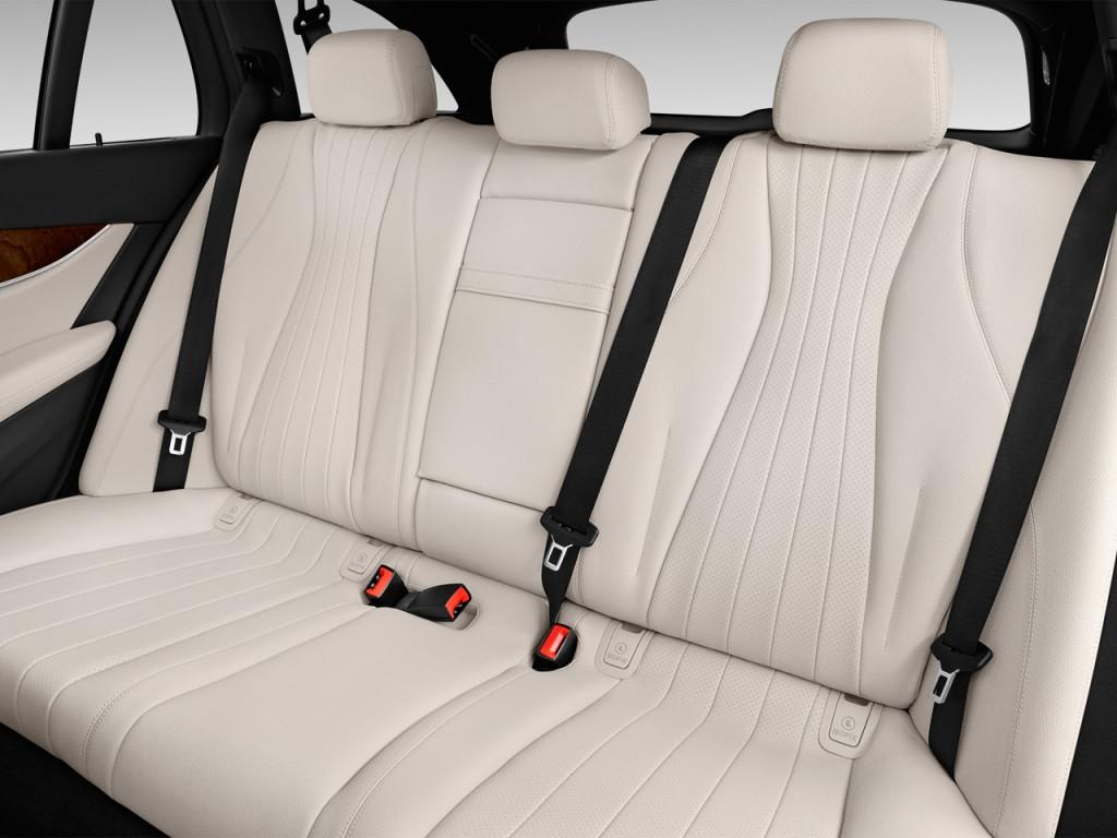 Image 2017 mercedes benz e class e 400 sport 4matic wagon for Mercedes benz booster seat