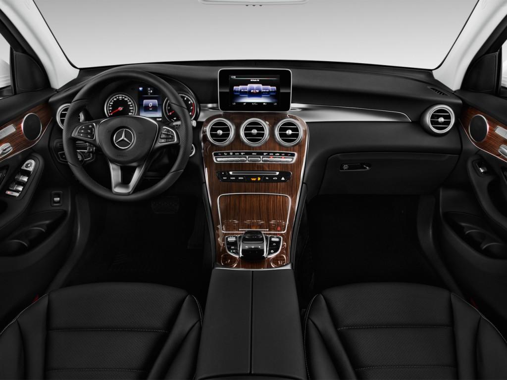 2017 Mercedes Benz Glc Glc300 Suv Dashboard