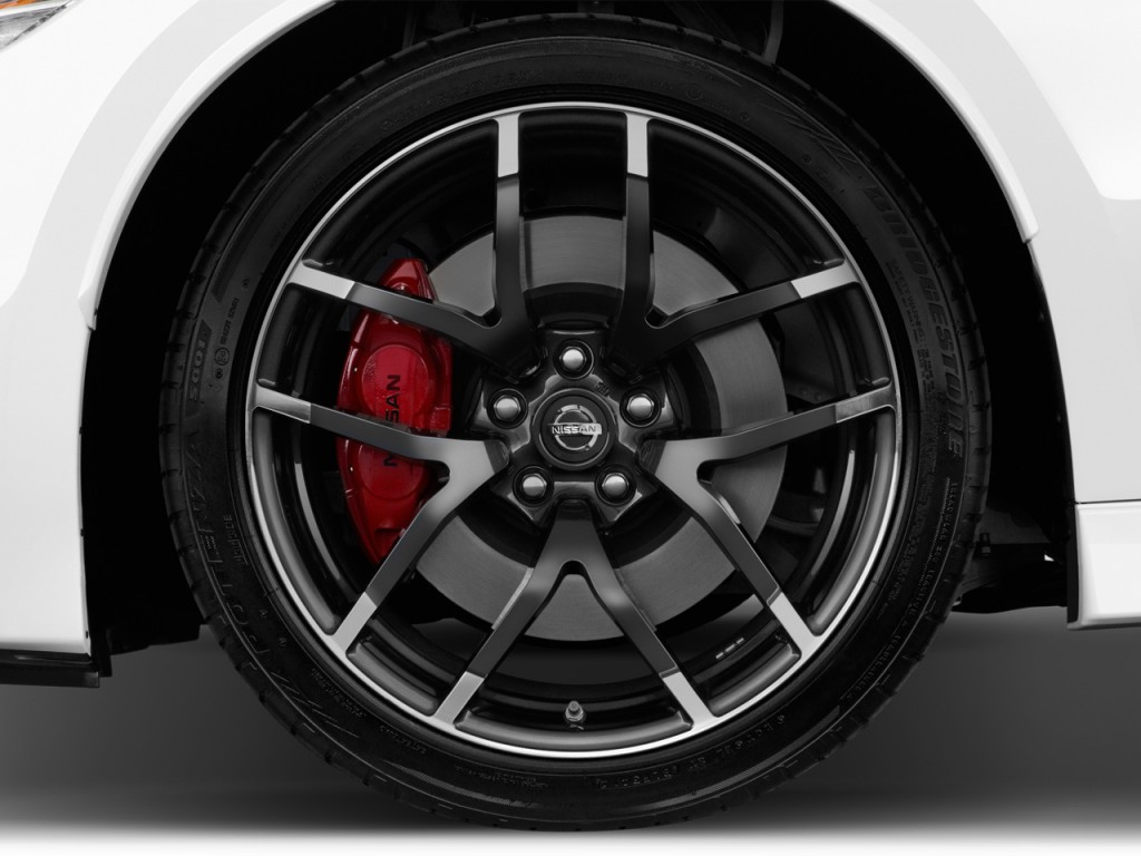 Image: 2017 Nissan 370Z Coupe NISMO Manual Wheel Cap, size ...