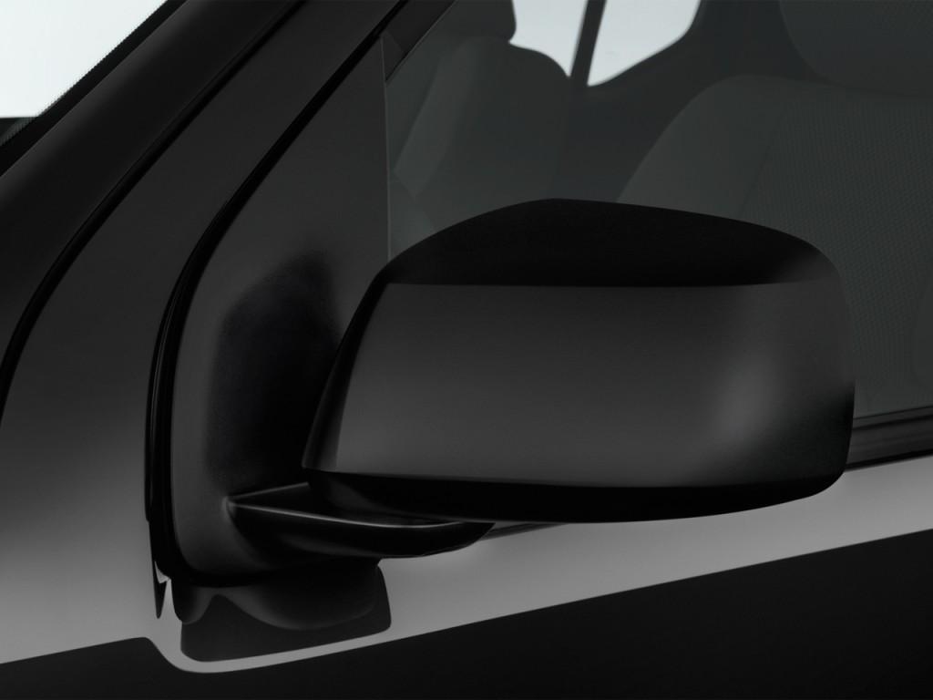 Image: 2017 Nissan Frontier Crew Cab 4x2 SV V6 Auto Mirror ...
