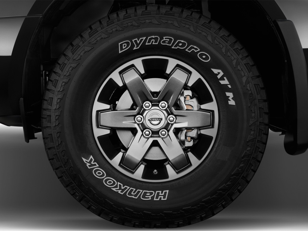 Image: 2017 Nissan Frontier Crew Cab 4x4 PRO-4X Auto Wheel ...