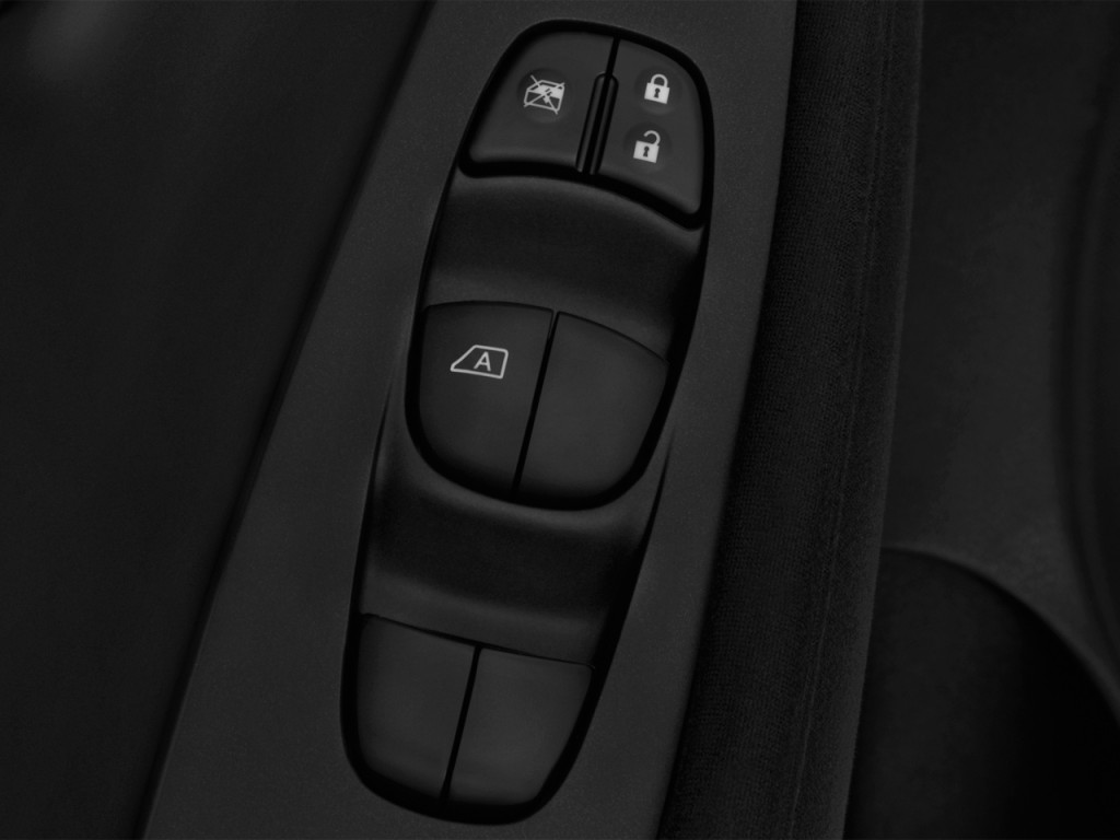 Image 2017 Nissan Leaf SL Hatchback Door Controls Size