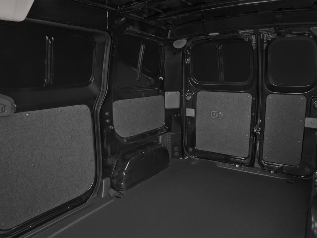 Image: 2017 Nissan NV200 Compact Cargo S 2.0L CVT Rear ...
