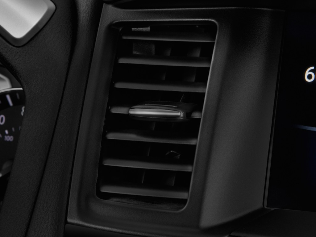 Image: 2017 Nissan Pathfinder 4x4 S Air Vents, size: 1024 ...