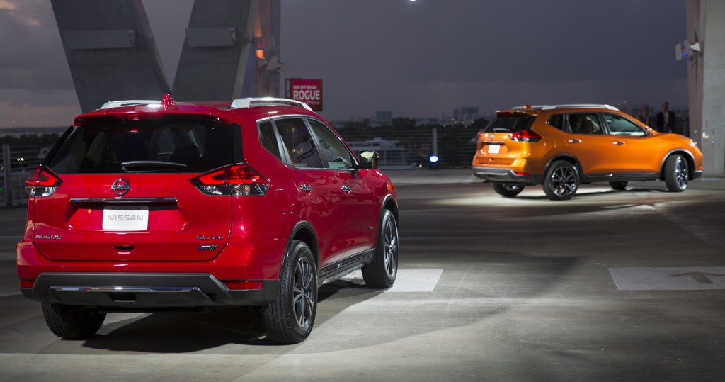 2017 Nissan Rogue, 2016 Miami auto show