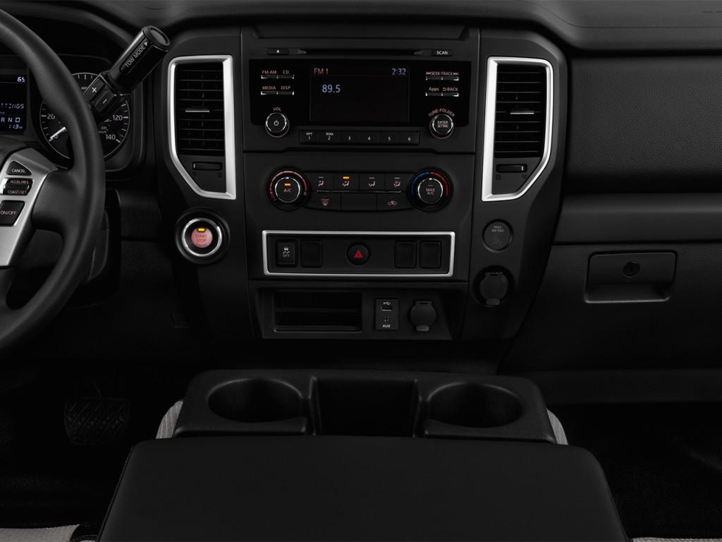 Image: 2017 Nissan Titan 4x2 Single Cab S Instrument Panel ...