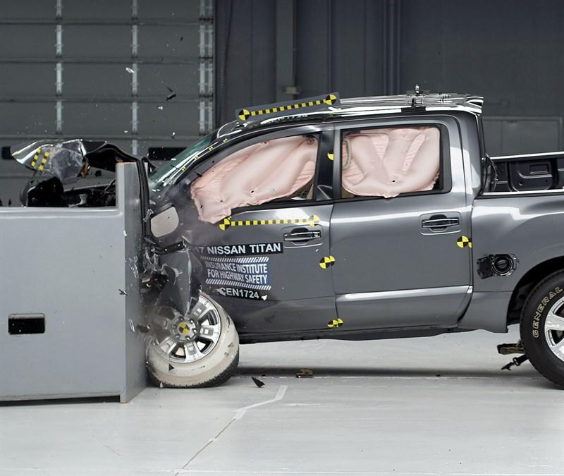 Nissan Titan Performs Well In Latest IIHS Crash-testing