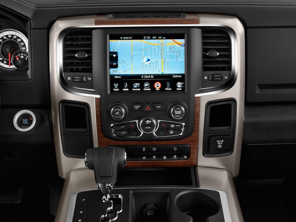 """Image: 2017 Ram 1500 Laramie 4x2 Quad Cab 6'4"""" Box ..."""