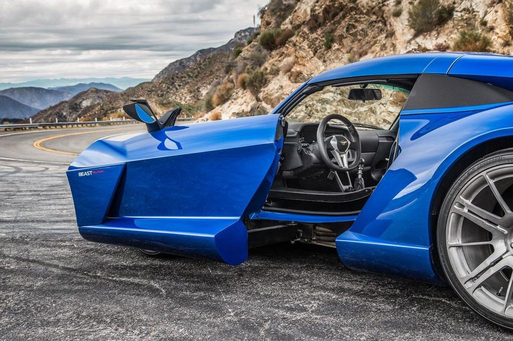 2017 Rezvani Beast Alpha Debuts With Sidewinder Doors